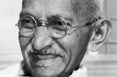 Um mundo melhor: relembre a história de Gandhi, o homem que lutou pela paz sem pegar em armas - Fotos - R7 Internacional