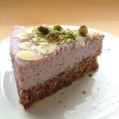 Smakelijk Kokos aardbeien taart eetclean.nl