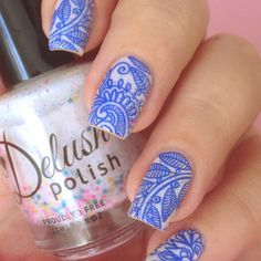 blue doodle nails