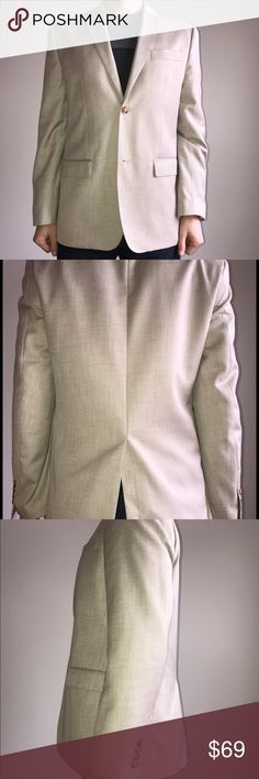 Beige Blazer - 42 Regular - Perry Ellis - Like New Selling a Beige/Tan Perry Ellis 42R Blazer.  Never been worn except for initial fitting and the pictures seen in this listing.  Has been hanging in the closet since purchase. Perry Ellis Suits & Blazers Sport Coats & Blazers