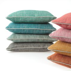 Contrast piped cushions, fermoie