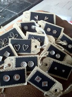 Ideas jewerly shop display ideas earring cards for 2019 Jewellery Storage, Jewelry Organization, Jewellery Display, Jewellery Box, Craft Fair Displays, Craft Booths, Card Displays, Booth Displays, Stall Display