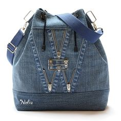 Nielia - сумки из джинсов (часть3) / Переделка джинсов / ВТОРАЯ УЛИЦА Sacs Tote Bags, Denim Tote Bags, Jean Backpack, Backpack Bags, Luggage Backpack, Jean Purses, Purses And Bags, Mochila Jeans, Denim Bag Patterns