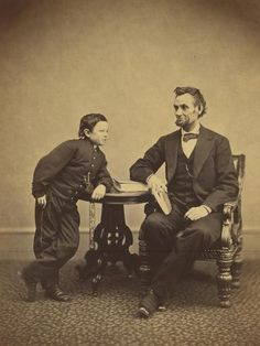 [Abraham Lincoln and His Second Son Thomas (Tad)] (Getty Museum) Rare Photos, Old Photos, Vintage Photos, Vintage Photographs, American Presidents, American History, American Photo, Abraham Lincoln, Summer Family Pictures