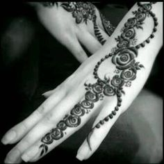 Pictures of Henna designing