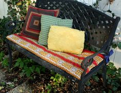Easy and simple no sew bench cushion. I would use a more firm batting, however.