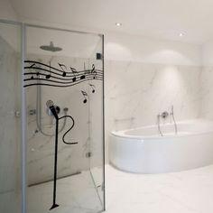 Adesivo Decorativo Cantando no banheiro! Preto 200x105 cm Magia Decor