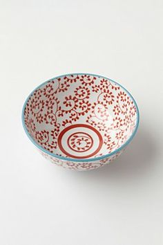 i'm going to have myself some pretty bowls and plates and cups.. after my babe has decided to smash all of our others.. ugh. they can have some plastic. so i can have something pretty.
