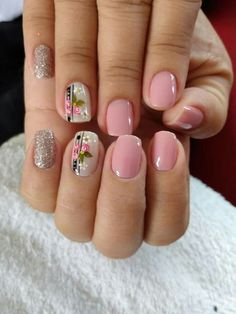 The newest coffin nail designs are so perfect for winter Hope they can inspire you and read the article to get the gallery. Ооосеень 152 gorgeous tea pink nail polish designs - page 25 Pink Nail Art, Pink Nail Polish, Cute Acrylic Nails, Minimalist Nails, Pretty Nail Art, Nagel Gel, Flower Nails, Simple Nails, Toe Nails