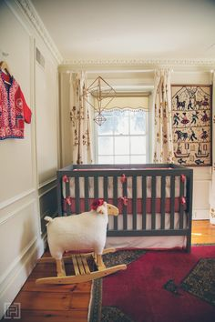 FHD nursery reveal, interior design by @FieldstoneHill Design, Darlene Weir , crib view
