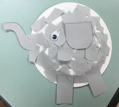 Who doesn't love elephants! They make adorable craft products and this elephant is no exception. Super simple and so cute as classroom decor! You may need: Paper plates Grey paper Googly eye …