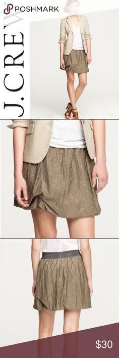 J. Crew Raindrop Bubble Skirt ✔️Brand New w/Tags! ✔️Glitter Dot Detail ✔️Grosgrain Ribbon Waist ✔️Side Zip ✔️74% Cotton•26% Silk J. Crew Skirts