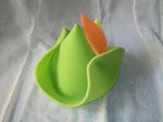 sombreros de cotillon en goma espuma - Buscar con Google Crazy Hat Day, Crazy Hats, Foam Crafts, Paper Crafts, Candy Bar Party, Ideas Para Fiestas, Tableware, Handmade, Ideas Cumpleaños