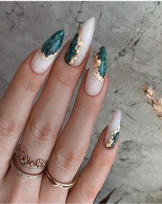 Disney Acrylic Nails, Almond Acrylic Nails, Best Acrylic Nails, Acrylic Nail Designs, Nail Art Designs, Black Nail Designs, Design Art, Gorgeous Nails, Perfect Nails
