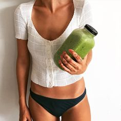 1 hour and 40 min yoga session followed by a litre spinach and banana smoothie by vanessa_prosser Plant Based Eating, Yoga Session, Vegan Life, Bikinis, Swimwear, Banana, Lifestyle, Instagram Posts, Spinach