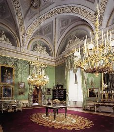 Grand Apartments in the Pitti Palace - Florence - The Green Room