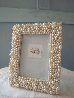 Arts And Crafts Kitchen Diy Craft Projects, Diy Home Crafts, Costume Jewelry Crafts, Vintage Jewelry Crafts, Marco Diy, Cadre Diy, Picture Frame Crafts, Picture Frames, Jewelry Mirror