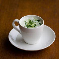 koude komkommer yoghurtsoep