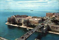 Taranto Castello Aragonese Cartolina viaggiata, 1963