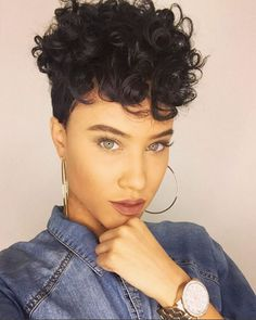 #rp Cool! Short curly hair looks amazing! And the earrings fit the watch very much! Chic babe! #shortcurly #cool #earring #pretty #makeup #haircolor #hairstyle #shorthair #curlyhair