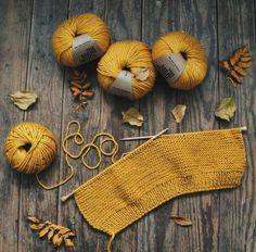 Knitting Room, Knitting Kits, Knitting Yarn, Knitting Patterns, Crochet Patterns, Big Knits, Crochet Bookmarks, Yarn Ball, Wool Yarn