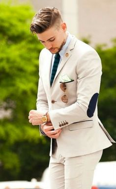 8 Tips To Upgrade Your Wardrobe For Less 3.  Understand Style
