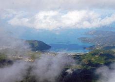 O Pico do Corcovado com seus 1.168 metros de altitude é um dos...