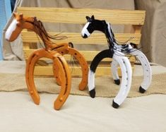 Horseshoe Art Piglet Statue Garden Art by Whoagirldesigns on Etsy #Horseshoecrafts