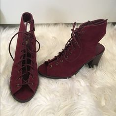 "SAT SPECIAL $38 Wine peek toe/ heel laced heels new in box! Beautiful color ❤️ wine , laced up, zips on the sides . Peek toe/ heel. Easy to walk in with a chunky heel 3 1/2"" . Can fit 5.5-6 Shoes Ankle Boots & Booties"
