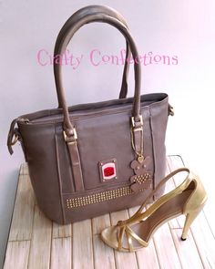 Guess+handbag+and+gold+sandal+40th+birthday+cake+-+Cake+by+Kelly+Cope