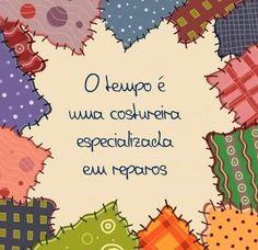 """""""Não existe nada de completamente errado no mundo, mesmo um relógio parado, consegue estar certo duas vezes por dia. (Paulo Coelho)"""".!..."""
