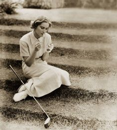 THE SPORTSWEAR OF THE 1920s. At the end of World War I, fashion was shaped by the designs of Gabrielle Chanel and Jean Patou. They made pared-down, sporty apparel that was more boyish than ever before that could be pulled off only by the increasingly independent woman of the era.