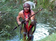 Hunting in the Everglades. American Indian Wars, Native American Art, American History, Moving To Florida, Florida Travel, Florida Festivals, Florida Villas, Seminole Indians, Seminole Florida