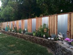 Creative Privacy Fence Ideas for Garden - Page 9 of 70