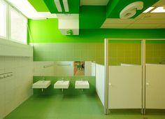 This kindergarten bathroom was designed by RS+ Robert Skitek in Poland. If this is the bathroom, what do the classrooms look like? Kindergarten Interior, Kindergarten Design, Wc Public, School Bathroom, Kids Toilet, Kids Daycare, Classroom Design, Learning Spaces, School Architecture