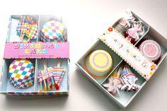 Conjunto de forminhas e bandeirinhas para Cupcakes
