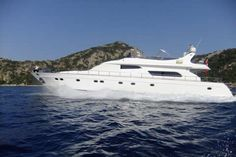 Guliz 1 Motor Yacht. 8 person 4 cabin 26.5m luxury yacht charter Gocek.