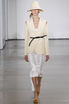 Jil Sander Spring 2016 Ready-to-Wear Collection Photos - Vogue