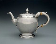 Teapot  Paul Revere, America, 1755-1760  The Museum of Fine Arts, Boston