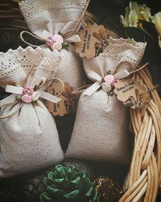 Burlap Gift Bags, Fabric Gift Bags, Lavender Bags, Lavender Sachets, Wedding Favours, Wedding Gifts, Decorative Soaps, Purple Hands, Diy Gifts