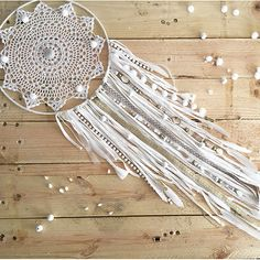 Dreamcatcher attrape rêve DIY facile napperon au crochet dentelle et franges jersey
