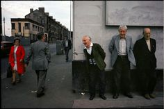 Raymond Depardon/Magnum Photos In French photojournalist Raymond Depardon was commissioned by the Sunday Times to travel to Glasgow for a feature on… Magnum Photos, Villefranche Sur Saône, David Alan Harvey, Martin Parr, Photographer Portfolio, Chef D Oeuvre, French Photographers, Grand Palais, Jolie Photo