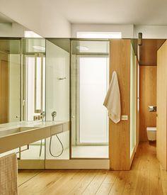built > Casa AB. Barcelona. 'Un piso en el Ensanche' | HIC Arquitectura