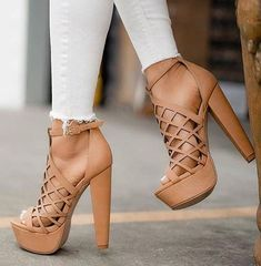 b55cc9147 Brown lace-up sandalias 2018 High Heel Boots, Platform High Heels, Hot High