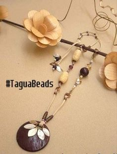 Set Tagua . You want to look beautiful Saturday with #Jewelry . We give you many options for your dress #TaguaJewelry today . We love #Jewelry . We love Saturday. Read more http://bit.ly/1k1bT71 . Good Saturday