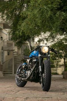 Royal Enfield Cafe Racer by Rajputana Customs, based in Jaipur, India, and commissioned by Número Uno Jeans Wear: http://rajputanacustoms.com/