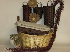 #PhillyGiftShow exhibitor #LyonsBasketCo is your destination for the most unique, functional, handcrafted gift items on the market today.