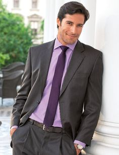 The male model from the water, Beto Malfacini, in a purple button-down and tie. Check out his hair. I'm speechless. Speechless, I tells ya!