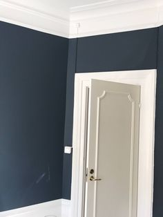 Discover recipes, home ideas, style inspiration and other ideas to try. Jotun Lady, Deco Blue, Modern Kitchen Design, Wall Colors, Colours, My Dream Home, Color Mixing, New Homes, Indoor