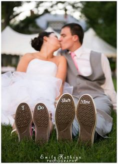 I love high heels but I sure as heck dont wanna stand in them for an hour or more of a wedding ceremony! Converse are so in my plans